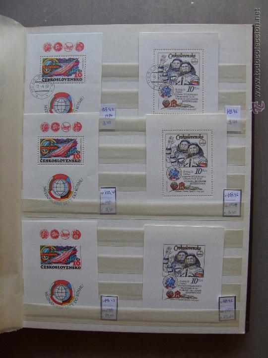 Sellos: Checoslovaquia. Lote de series completas y hojas bloque en archivador. - Foto 21 - 131596993
