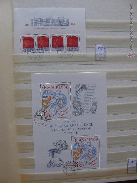Sellos: Checoslovaquia. Lote de series completas y hojas bloque en archivador. - Foto 24 - 131596993