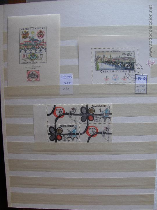 Sellos: Checoslovaquia. Lote de series completas y hojas bloque en archivador. - Foto 29 - 131596993