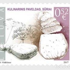 Sellos: LITUANIA 2017 PATRIMONIO GASTRONÓMICO - QUESOS. Lote 101707383