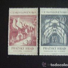 Sellos: CHECOSLOVAQUIA 1967 IVERT 1566/67 *** CASTILLO DE PRAGA - MONUMENTOS. Lote 154674754