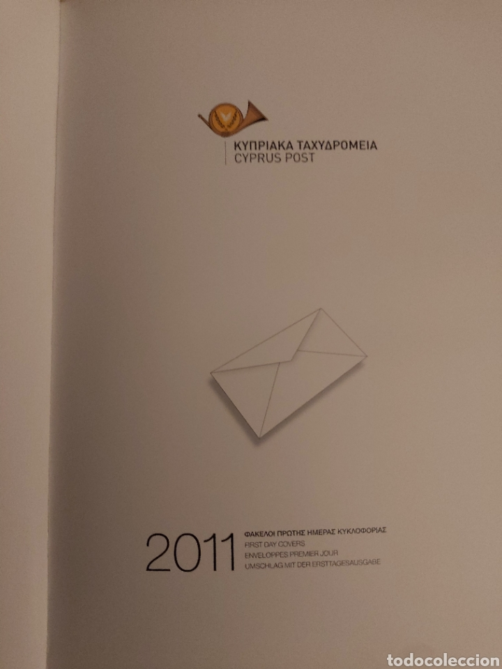 Sellos: Servicio Postal de Chipre 2011: Sellos y Sobres / Dos libros, 35 paginas cada libro. - Foto 3 - 201811405