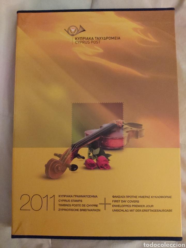 SERVICIO POSTAL DE CHIPRE 2011: SELLOS Y SOBRES / DOS LIBROS, 35 PAGINAS CADA LIBRO. (Sellos - Extranjero - Europa - Otros paises)