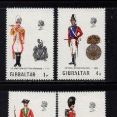 Sellos: GIBRALTAR 297/300** - AÑO 1973 - UNIFORMES MILITARES. Lote 243883810