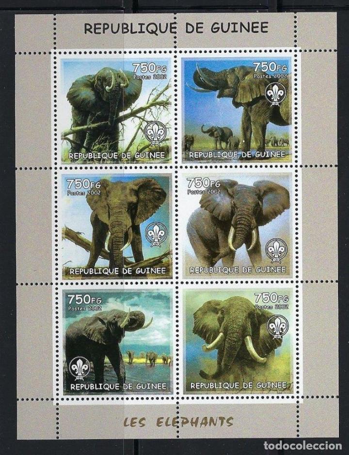 R. GUINEA 2002 *** FAUNA SALVAJE - LOS ELEFANTES (Sellos - Temáticas - Fauna)