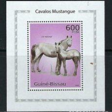 Sellos: GUINEA BISSAU 2010 HB *** FAUNA - CABALLOS MUSTANG. Lote 163745478