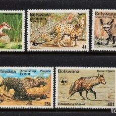 Sellos: BOTSWANA 334/38** - AÑO 1977 - FAUNA - ANIMALES AMENAZADOS DE EXTINCION - W.W.F.. Lote 182296136
