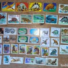 Selos: DN-LOTE 50 BONITOS SELLOS DINOSAURIOS,ANIMALES EXTINGUIDOS,SELLOS TEMATICOS.. Lote 275593463