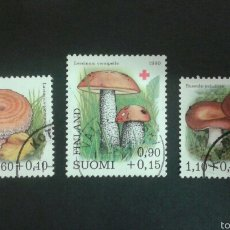 Sellos: SELLOS DE FINLANDIA. FLORA. SETAS. YVERT 828/30. SERIE COMPLETA USADA.. Lote 52565909