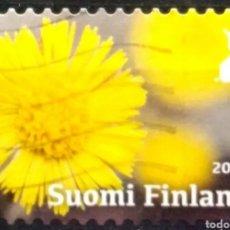 Sellos: FINLANDIA 2017 FLORES GIRASOLES SELLO USADO. Lote 295000173