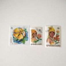 Sellos: 3 SELLOS CON FLORES DE REPUBLICA DE GUINEA. Lote 221507962