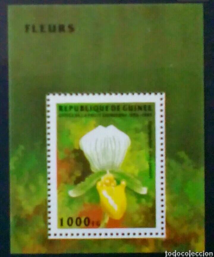 FLORES HOJA BLOQUE DE SELLOS NUEVOS DE GUINEA (Sellos - Temáticas - Flora)