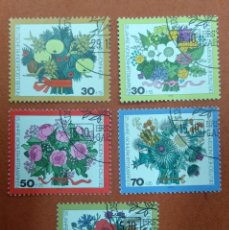Sellos: ALEMANIA BERLIN 1974. 25 YEARS WELFARE STAMPS: BOUQUETS. Lote 263167605
