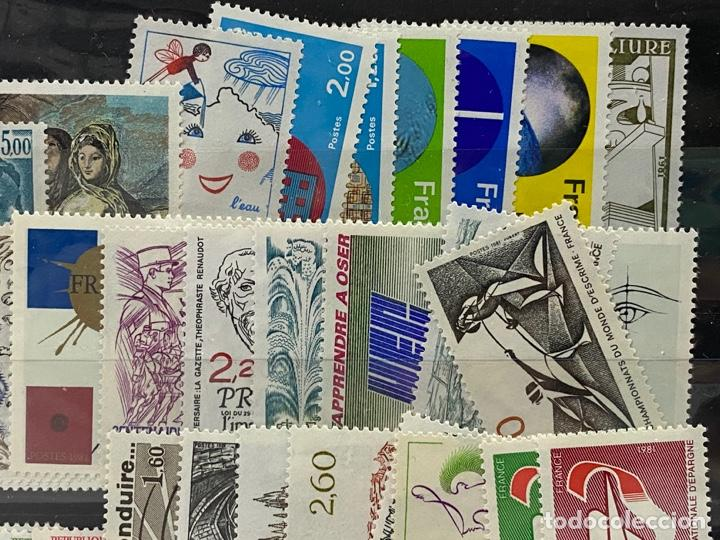 Sellos: FRANCIA. AÑO 1981 COMPLETO. YVERT Nº 2118/2177. VER FOTOS - Foto 4 - 272861098