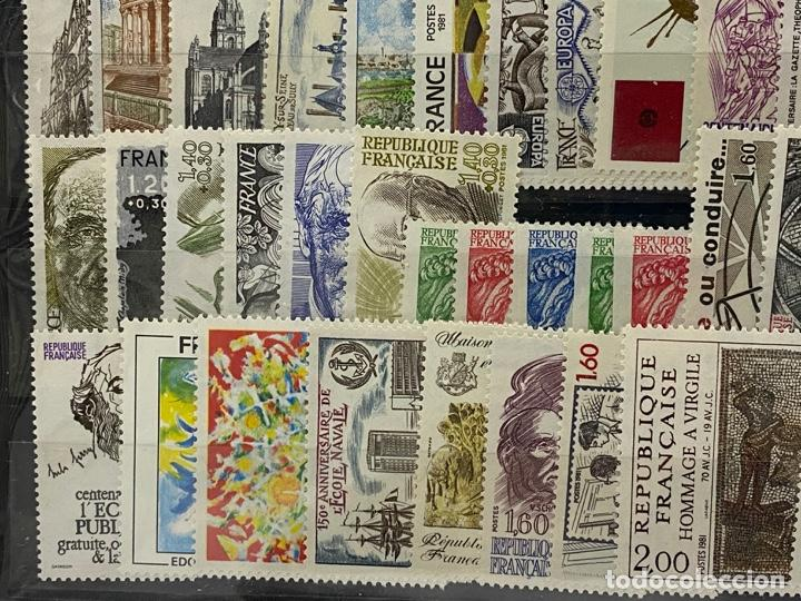 Sellos: FRANCIA. AÑO 1981 COMPLETO. YVERT Nº 2118/2177. VER FOTOS - Foto 8 - 272861098