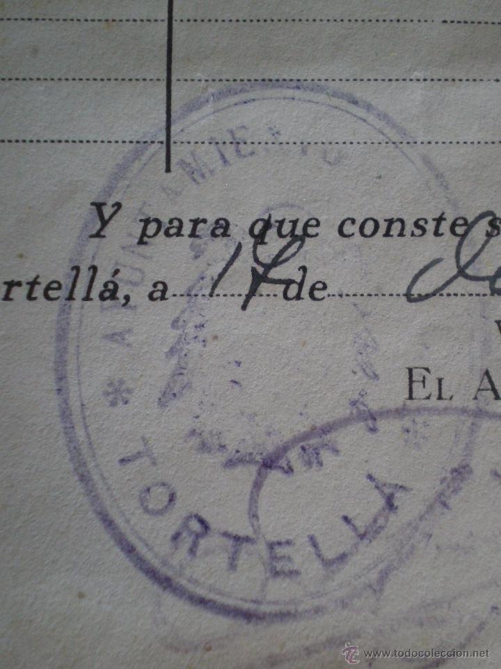 Sellos: 1944 TORTELLA (GERONA). 8 SELLOS FISCALES 10 CTS PRO HUERFANOS GUARDIA CIVIL. CERTIFICADO GANADO - Foto 4 - 49298483