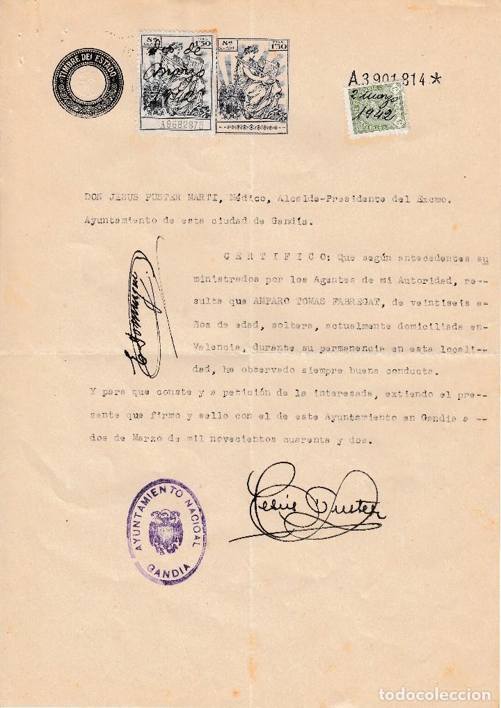 1942. SELLO LOCAL MUNICIPAL AYUNTAMIENTO GANDIA 3 PTS CERTIFICADO BUENA CONDUCTA FIRMA ALCALDE (Sellos - España - Estado Español - De 1.936 a 1.949 - Usados)