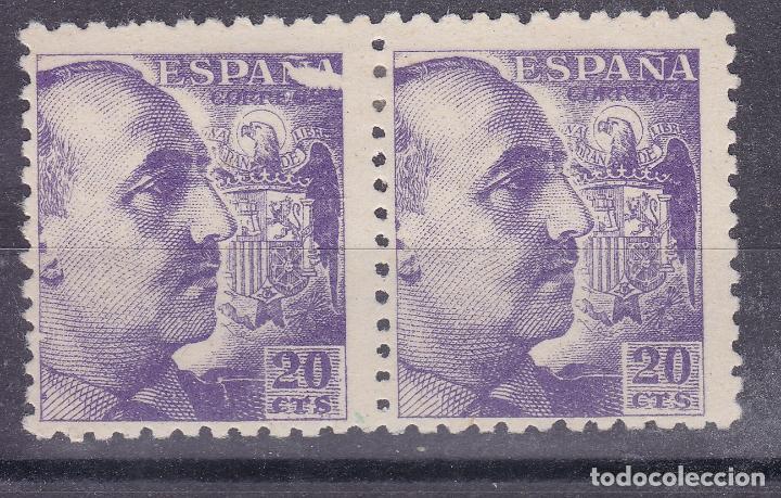 VV18-FRANCO 20 CTS DG EDIFIL 922 VARIEDAD IMPRESIÓN PAREJA * CON FIJASELLOS (Sellos - España - Estado Español - De 1.936 a 1.949 - Nuevos)