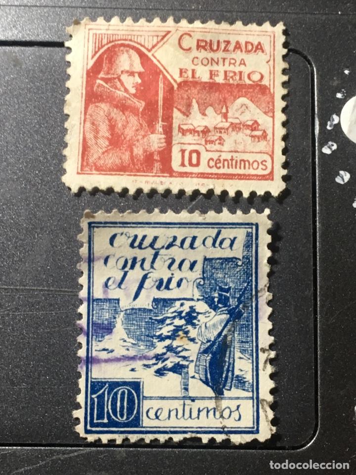 LOTE CRUZADA CONTRA EL FRÍO 10 CTS EN ROJO NUEVO Y AZUL (Sellos - España - Estado Español - De 1.936 a 1.949 - Nuevos)