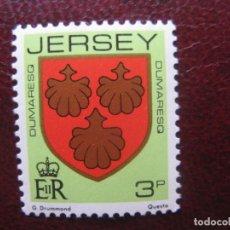 Sellos: +JERSEY,1981, BLASONES DE FAMILIAS DE JERSEY,DUMARESQ, YVERT 239. Lote 244489920