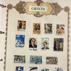 Sellos: GRECIA, 3 HOJAS CON 41 SELLOS USADOS DIFERENTES CON CHARNELAS, VER FOTOS . Lote 102216731
