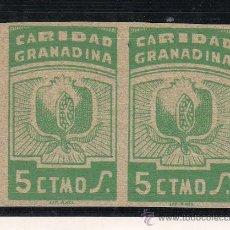 Sellos: ,,LOCAL NACIONALISTA GRANADA B380 PAREJA SIN DENTAR SIN GOMA, 5 CTS. CARIDAD GRANADINA, . Lote 28960840