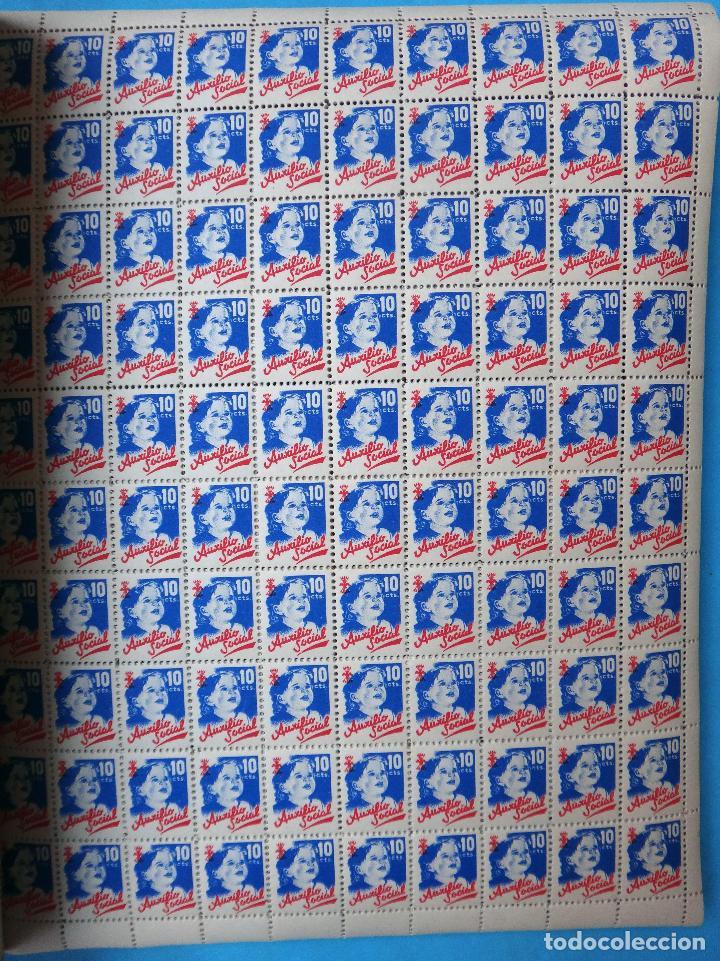 Sellos: LIBRO CON 5000 VIÑETAS GUERRA CIVIL , AUXILIO SOCIAL DE 10 CTS. VER FOTOS , ORIGINAL - Foto 2 - 121257903