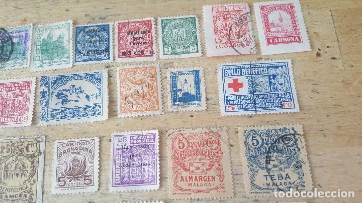 Sellos: 140 sellos viñeta de beneficencia, pro municipios, paro, contra el frio, subsidio, falange, etc - Foto 2 - 137382562