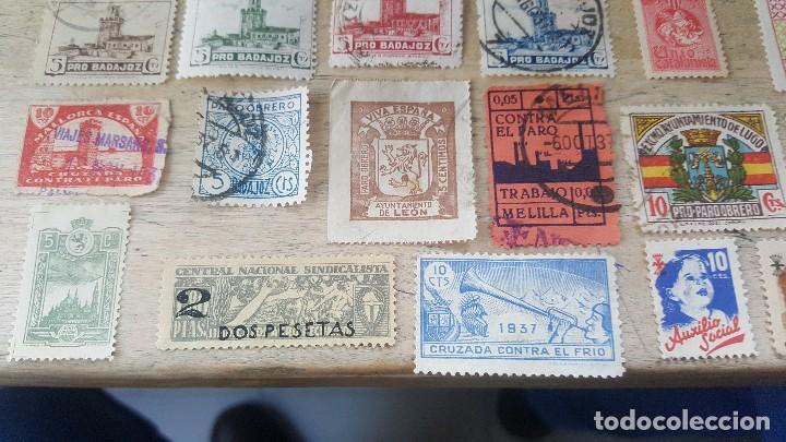 Sellos: 140 sellos viñeta de beneficencia, pro municipios, paro, contra el frio, subsidio, falange, etc - Foto 5 - 137382562