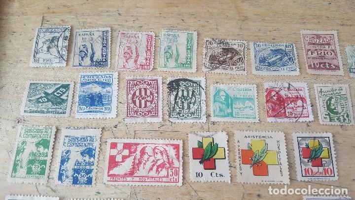 Sellos: 140 sellos viñeta de beneficencia, pro municipios, paro, contra el frio, subsidio, falange, etc - Foto 15 - 137382562