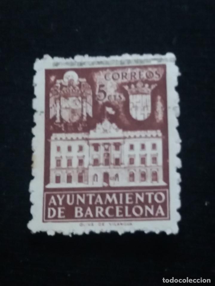 SELLO CORREOS AYUNTAMIENTO DE BARCELONA 5 CTS AÑO 1936 USADO. C. (Sellos - España - Guerra Civil - De 1.936 a 1.939 - Usados)
