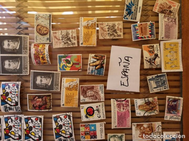 Sellos: 1º GRAN LOTE DE SELLOS ESPAÑOLES DE TODAS LAS DÉCADAS ,NO SE DESCOMPLETA EL LOTE - Foto 2 - 158667838