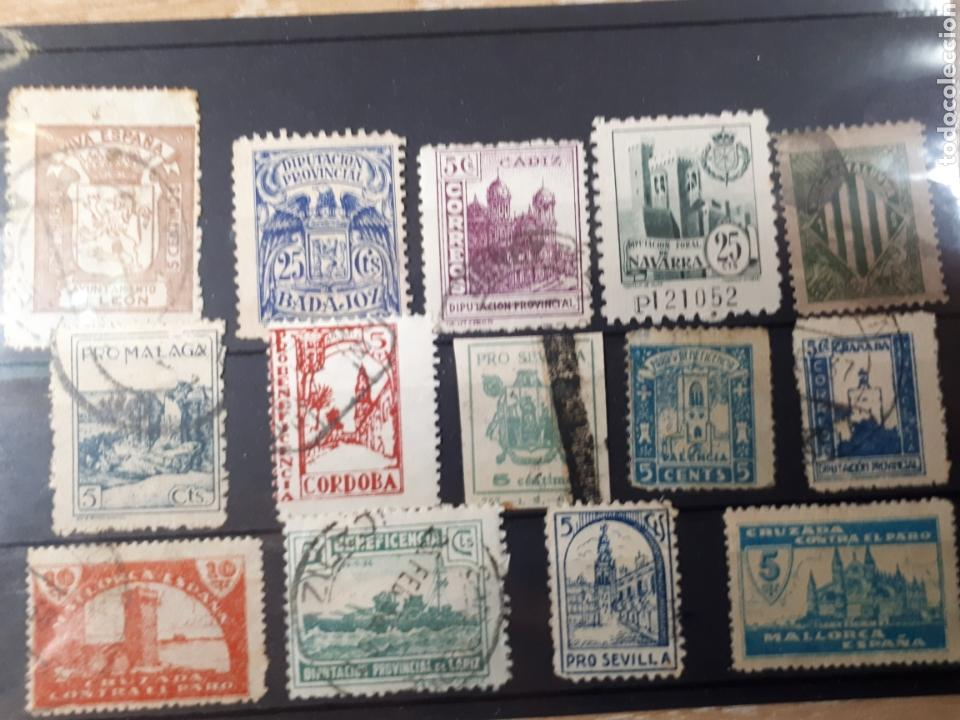 LOTE SELLOS PRO SEVILLA BADAJOZ LEON NAVARRA MALLORCA LOTE 58 (Sellos - España - Guerra Civil - Beneficencia)