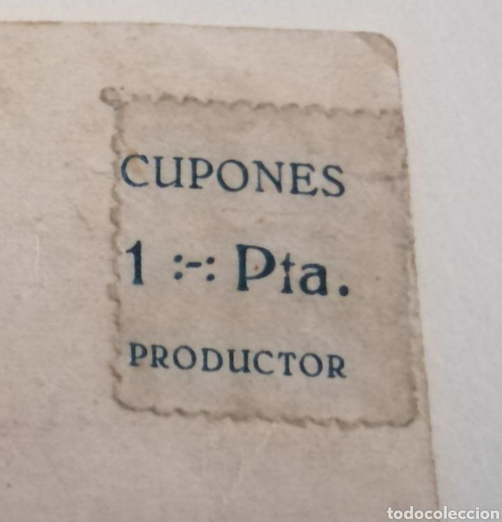 CUPONES PRODUCTOR. 1 PESETA. 4 CUPONES ADHERIDOS A UNA FOTOGRAFÍA. TAL CUAL. (Sellos - España - Guerra Civil - Beneficencia)