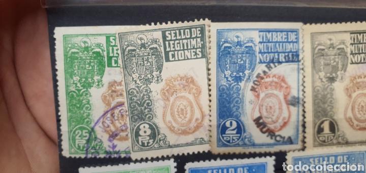 Sellos: Lote sellos fiscales, legitimaciónes, mutualidad notarial y legalizaciones, diferentes valores - Foto 4 - 208208605
