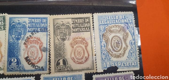 Sellos: Lote sellos fiscales, legitimaciónes, mutualidad notarial y legalizaciones, diferentes valores - Foto 5 - 208208605