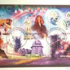 Sellos: ASTRÓNOMO ISAAC NEWTON HOJA BLOQUE DE SELLOS USADOS DE ST. TOME Y PRÍNCIPE. Lote 133409811