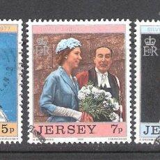 Sellos: JERSEY Nº 151/153º 25 ANIVERSARIO DEL REINADO DE ISABEL II. SERIE COMPLETA. Lote 194881023