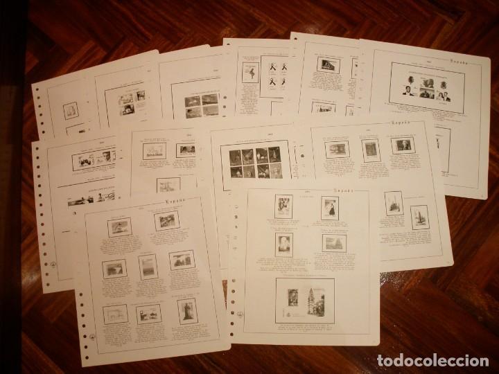 2004 - 12 HOJAS DE SELLOS DEL AÑO 2004, SIN FILOESTUCHE - HOJAS DE 15 AGUJEROS - FALTA UNA. (Sellos - Material Filatélico - Hojas)