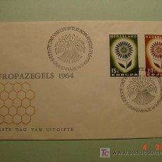 Sellos: 1952 HOLANDA NEDERLAND 1964 TEMA EUROPA SOBRE DIA EMISION SPD FDC MAS EN MI TIENDA COSAS&CURIOSAS. Lote 3551379
