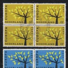 Sellos: HOLANDA IVERT 758/9, EUROPA 1962, USADO EN BLOQUE DE 4 (SERIE COMPLETA). Lote 27934735
