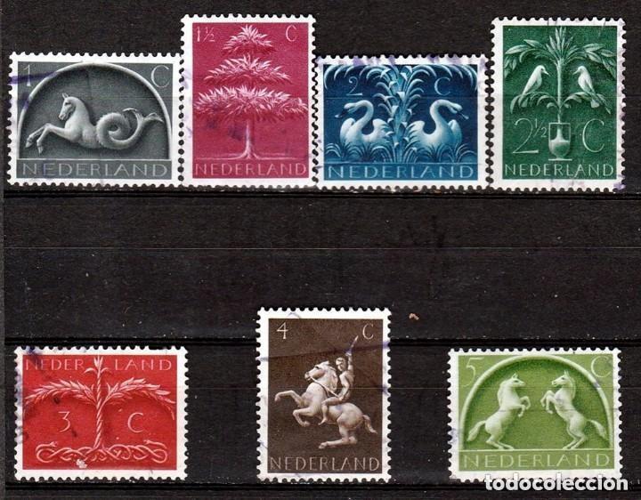 HOLANDA.1943. SERIE. SIMBOLOS GERMANICOS. *,MH (18-06) (Sellos - Extranjero - Europa - Holanda)