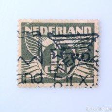 Sellos: SELLO POSTAL PAISES BAJOS HOLANDA 1935, 1 1/2 C, PALOMA Y NÚMERO,USADO. Lote 244700430