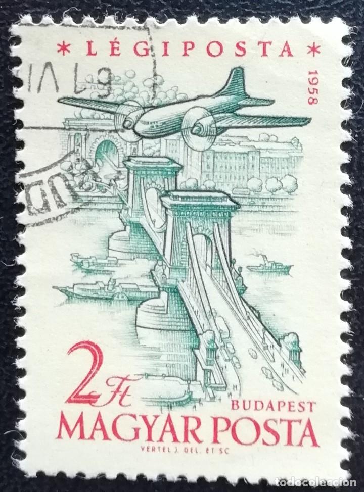 1954. HUNGRÍA. 218. AVIÓN SOBRE EL PUENTE DE LAS CADENAS EN BUDAPEST. USADO. (Sellos - Extranjero - Europa - Hungría)