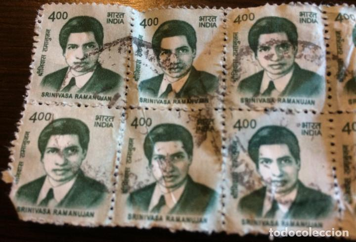 20 SELLOS DE CORREOS USADOS DE LA INDIA. 4 RUPIAS. MATEMÁTICO SRINIVASA RAMANUJAN EN LA IMAGEN. (Sellos - Extranjero - Asia - India)