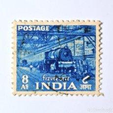 Sellos: SELLO POSTAL INDIA 1955, 8 ANNA, TREN OBRAS LOCOMOTORAS CHITTARANJAN , USADO. Lote 293864948