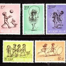 Sellos: BELGICA 1399/403** - AÑO 1966 - JUEGOS INFANTILES - PRO OBRAS DE SOLIRADIDAD. Lote 40175608