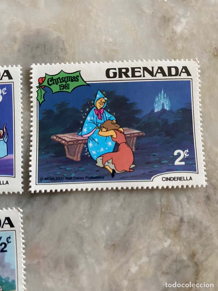 Sellos: 5 sellos Disney / Grenada / Christmas 1981 / Cenicienta - Foto 4 - 243852815