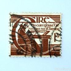 Sellos: SELLO POSTAL IRLANDA 1944 , 1S , TRICENTENARIO DE LA MUERTE DE MICHAEL O'CLERY, USADO. Lote 233567690