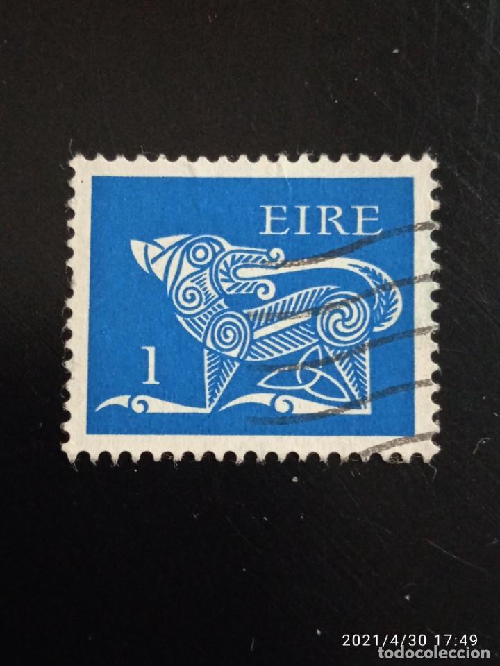 IRLANDA 1 ARTE CELTA AÑO 1922-95. (Sellos - Extranjero - Europa - Irlanda)